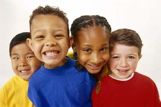 4_diverse_kids_smiling