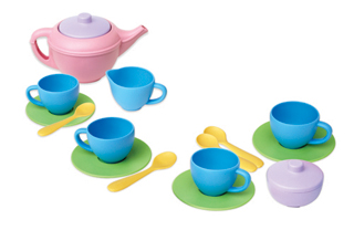 Tea Set made from recycled plastic